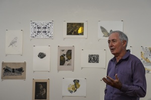 Emeritus Professor Ian Lowe opens Bimblebox 153 Birds, photo Jennifer Eurell.
